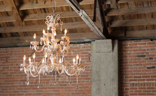 brick-and-mortar-wichita-kansas-venue-arena-district-downtown-urban-historic-chandelier
